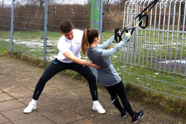 Personal_Trainer_Fit_Performance_Team_TRX_Training_Fitness_Krafttraining_1